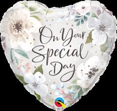 Standard Special Day White Floral folija balon